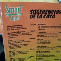 Foto tomada en Smart Sushi por Nydia M. el 8/2/2012
