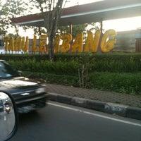 Photo prise au Tahu Susu Lembang par Dicky Z. le5/17/2012