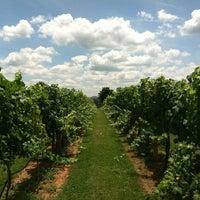 Foto scattata a King Family Vineyards da Brandon B. il 6/16/2012