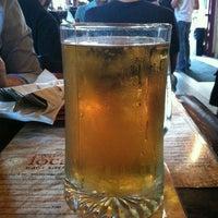 Foto scattata a Local Bar + Kitchen da Kris M. il 5/25/2012