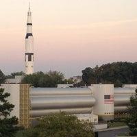 รูปภาพถ่ายที่ Space Camp โดย Mack B. เมื่อ 8/24/2012