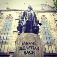 Das Foto wurde bei Thomaskirche von sergelen am 5/21/2012 aufgenommen