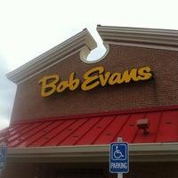 Снимок сделан в Bob Evans пользователем Stephen M. 7/31/2012