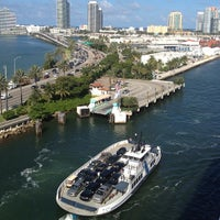 Fisher Island Ferry Barco O