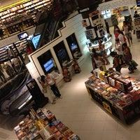 4/6/2012 tarihinde Walisson S.ziyaretçi tarafından Saraiva MegaStore'de çekilen fotoğraf