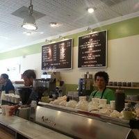 7/28/2012 tarihinde Jeff D.ziyaretçi tarafından Peregrine Espresso'de çekilen fotoğraf