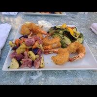 รูปภาพถ่ายที่ Harry's Oyster Bar & Seafood โดย Kaiser Anibal P. เมื่อ 9/7/2012