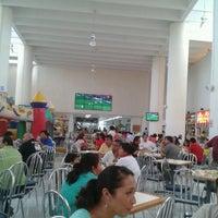 Foto scattata a Plaza Dorada da David G. il 6/8/2012