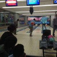 รูปภาพถ่ายที่ Rolling Ball Bowling โดย Ayhan T. เมื่อ 3/15/2012