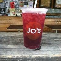 Das Foto wurde bei Jo's Coffee von Kayla S. am 5/9/2012 aufgenommen