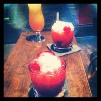 Foto tomada en Fifty Five Bar por Bryonie C. el 6/12/2012