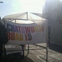 Das Foto wurde bei Chatsworth Road Market von Sarah T. am 2/26/2012 aufgenommen