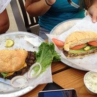 7/28/2012にAllen A.がBub's Burgers & Ice Creamで撮った写真