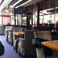 รูปภาพถ่ายที่ Hobby Cafe โดย Nurlan K. เมื่อ 3/25/2012