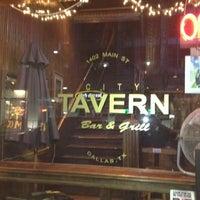 Das Foto wurde bei City Tavern von Fernando F. am 2/21/2012 aufgenommen