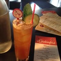Photo prise au The Drinkingbird par Hillary H. le6/15/2012