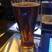 Foto diambil di Ellis Island Casino & Brewery oleh Andre'a pada 8/4/2012