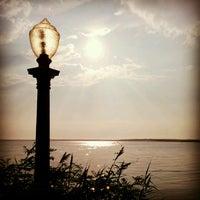 Foto scattata a Fager's Island Restaurant and Bar da Danielle C. il 8/12/2012
