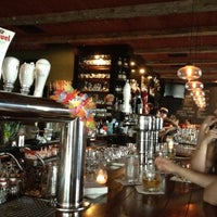 7/3/2012 tarihinde Jessica H.ziyaretçi tarafından Citizen Public House & Oyster Bar'de çekilen fotoğraf