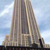 7/10/2012 tarihinde Liz M.ziyaretçi tarafından VU Bar NYC'de çekilen fotoğraf