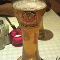 Снимок сделан в Die Stube German Bar & Resto пользователем pefenky 4/7/2012