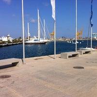 Foto tomada en Puerto de Valencia por Calvin K. el 7/23/2012