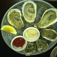 Photo prise au Water Coastal Kitchen par Candy W. le5/27/2012