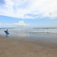 Foto scattata a Odysseys Surf School da Florent G. il 5/7/2012