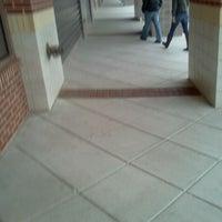 Das Foto wurde bei DSW Designer Shoe Warehouse von Will F. am 4/14/2012 aufgenommen