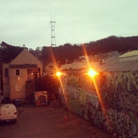 Foto tomada en Haight House por Kelli C. el 3/31/2012