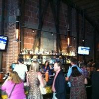 Foto scattata a Basic Urban Kitchen & Bar da Charles P. il 6/26/2012