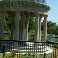 Foto diambil di The Hermitage oleh Albert C. pada 8/19/2012