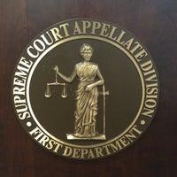 Foto tirada no(a) NYS Supreme Court, Appellate Division, 1st Dept por Shaun G. em 3/27/2012