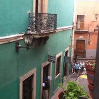 Foto scattata a Hotel Posada Santa Fe da Bertha V. il 7/20/2012
