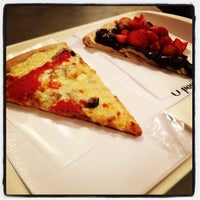 Foto diambil di O Pedaço da Pizza oleh Renato V. pada 4/7/2012