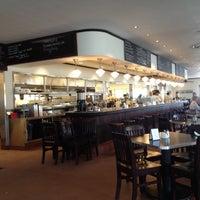 7/10/2012にDonna Brown @.がThe Monument Caféで撮った写真