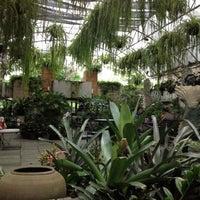 Foto diambil di Bankampu Tropical Café oleh Beloved P. pada 6/10/2012