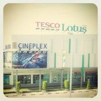 6/10/2012 tarihinde Phum P.ziyaretçi tarafından Tesco Lotus'de çekilen fotoğraf