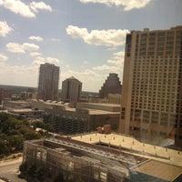 Foto tomada en Hilton Garden Inn Austin Downtown/Convention Center por Lauren F. el 8/16/2012
