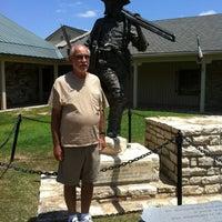 Foto tirada no(a) Texas Ranger Hall of Fame and Museum por Cam S. em 8/4/2012
