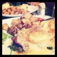 Photo prise au Café El Dorado par Mylene D. le8/23/2012