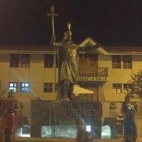 Foto tomada en Plaza de Armas de Aguas Calientes por Nicolas M. el 9/6/2012