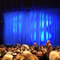 Photo prise au Temple Hoyne Buell Theater par Nathaniel B. le3/7/2012