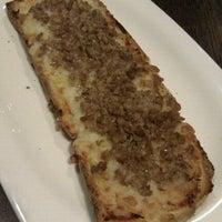 Foto tirada no(a) B-crek Restaurant por Miriam B. em 8/11/2012