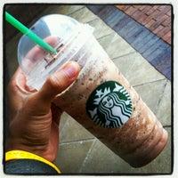 Foto scattata a Starbucks da Martel J. il 5/7/2012