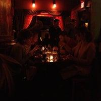 Foto diambil di Allen Street Hardware Cafe oleh Tom O. pada 3/11/2012