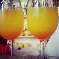 Foto tirada no(a) Mother's Bistro & Bar por Neva C. em 7/17/2012