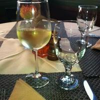 รูปภาพถ่ายที่ Osteria Panevino โดย Lisa K. เมื่อ 5/8/2012