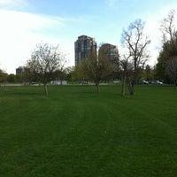 รูปภาพถ่ายที่ City Park โดย Chris Q. เมื่อ 4/19/2012