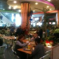 4/11/2012 tarihinde Matias A.ziyaretçi tarafından Patio Centro'de çekilen fotoğraf